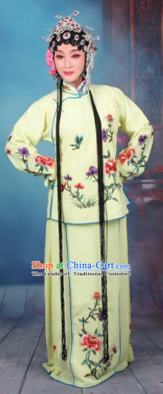 Top Grade Professional Beijing Opera Young Lady Costume Servant Girl Yellow Embroidered Dress, Traditional Ancient Chinese Peking Opera Maidservants Embroidery Peony Clothing